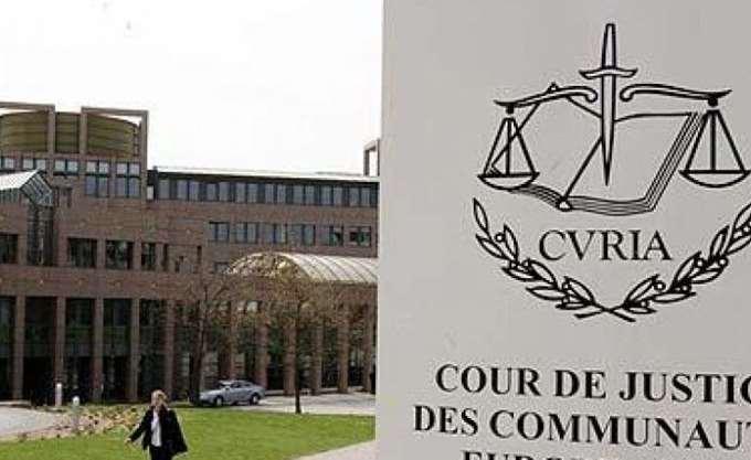 Ευρωπαϊκό Δικαστήριο: Στην Ελλάδα θα εκδικάζονται οι προσφυγές για το κούρεμα των ομολόγων