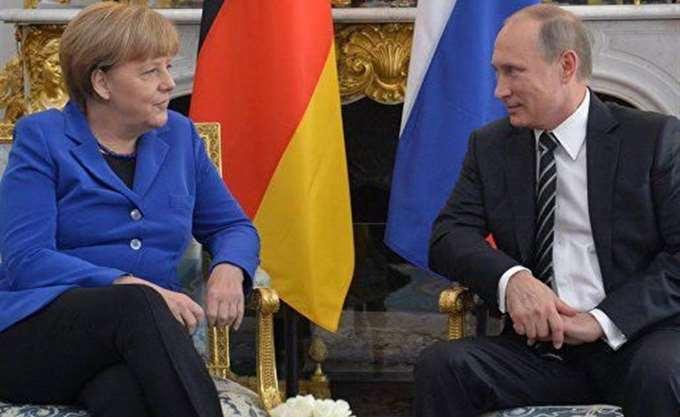 """Μέρκελ - Πούτιν:  """"Καλή θέληση"""" για συνεργασία στην επίλυση διεθνών διενέξεων"""