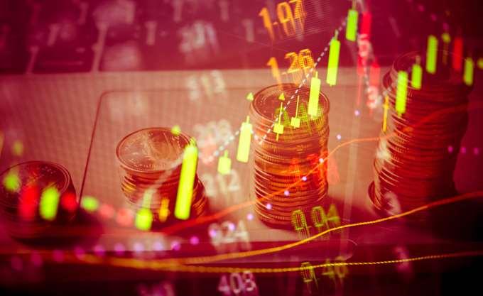 Capital Economics: Επιβράδυνση στην Ελλάδα το 2019, έρχεται δημοσιονομικός εκτροχιασμός