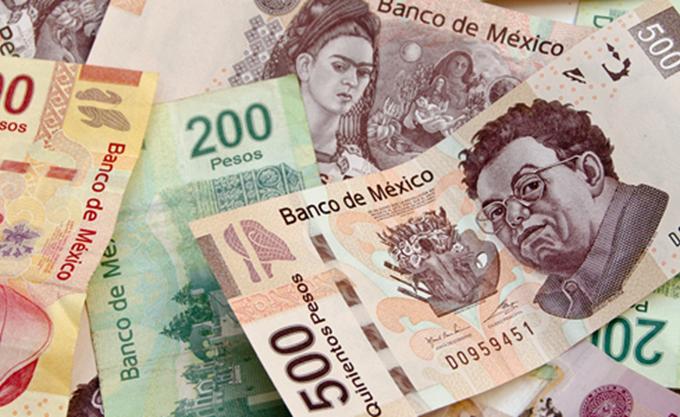 Αργεντινή: Η κεντρική τράπεζα αύξησε το βασικό επιτόκιο για να φρενάρει την ελεύθερη πτώση του πέσο