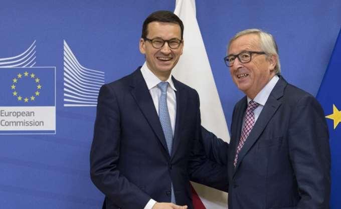 Πολωνία: Νέος πρωθυπουργός, ίδια τακτική;