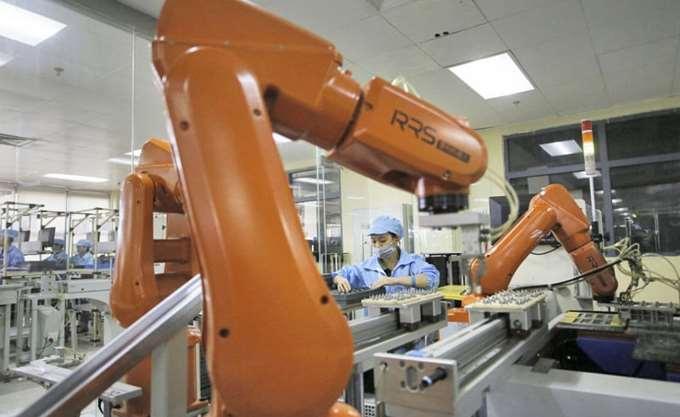 Τα ρομπότ πληθαίνουν- Η ραγδαία άνοδός τους στη βιομηχανία