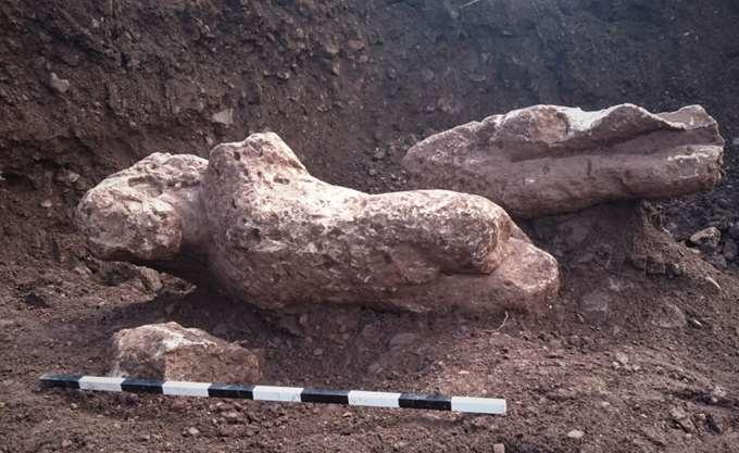Επιτύμβια αρχαϊκά αγάλματα στη Φθιώτιδα, οι κούροι της Αταλάντης