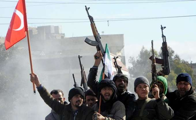 Η Τουρκία συζητά με ΗΠΑ - Ρωσία για νέα επιχείρησή της στη βόρεια Συρία
