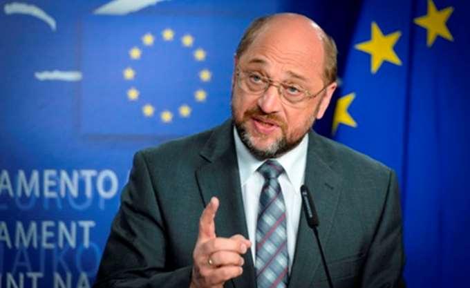 """Σουλτς: """"Ο κυβερνητικός συνασπισμός της Μέρκελ θα παραλύσει την Ευρώπη"""""""
