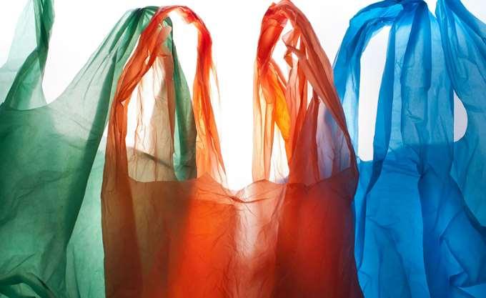 """Σ. Φάμελλος: Στους καταναλωτές """"θα επιστρέψουν"""" τα έσοδα από τις πλαστικές σακούλες"""
