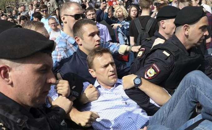 Ρωσία: Περισσότεροι από 1.000 διαδηλωτές κατά του Πούτιν συνελήφθησαν σε όλη τη χώρα