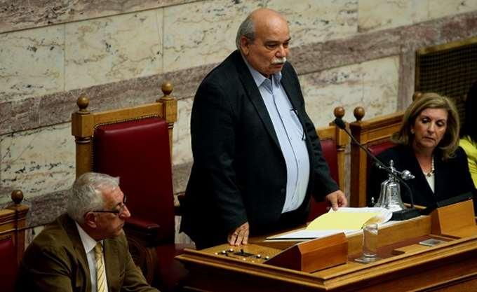 Ν. Βούτσης: Ο Δ. Καμμένος πρέπει να παραιτηθεί από αντιπρόεδρος της Βουλής