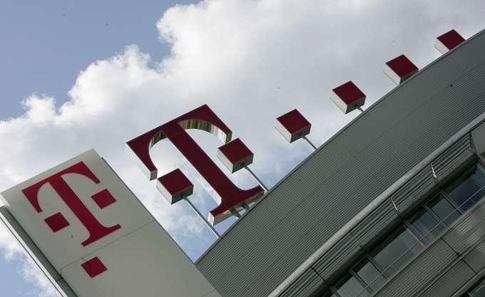 Deutsche Telekom: Αυξήθηκαν 33% τα κέρδη α΄ τριμήνου