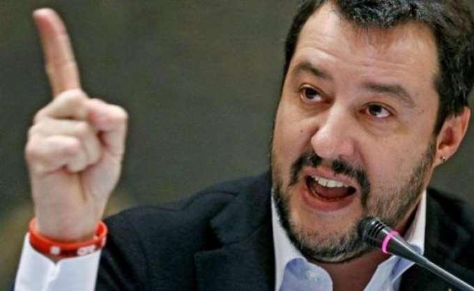 Ιταλία: Κριτικές από τους συναδέλφους του στην κυβέρνηση δέχεται ο Σαλβίνι