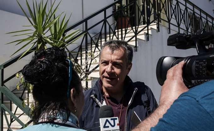 Στ. Θεοδωράκης: Πρέπει να έχουμε ανανέωση ουσίας κι όχι ανανέωση βιτρίνας