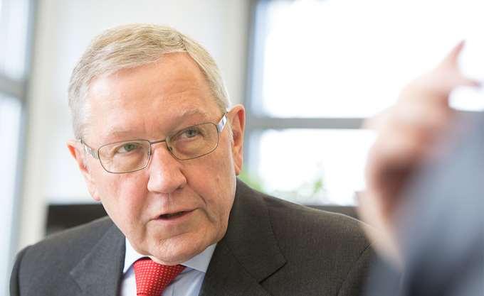 Κ. Ρέγκλινγκ: Στον σωστό δρόμο η Ελλάδα, αλλά πρέπει να συνεχίσει τις μεταρρυθμίσεις