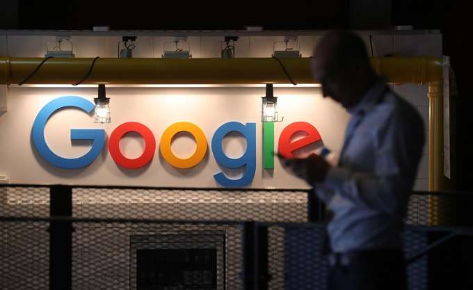 Ευπρόσδεκτη η Google στην Κίνα αρκεί να συμμορφώνεται με τη νομοθεσία