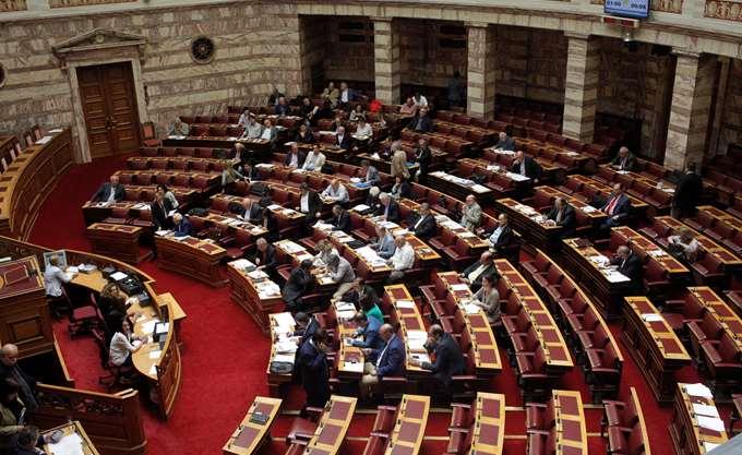 Κατατέθηκε στη Βουλή η τροπολογία για τις απεργίες- Τι αλλάζει