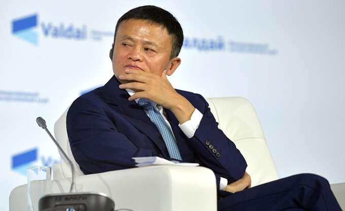 Ο πλουσιότερος άνθρωπος της Ασίας είναι κομμουνιστής