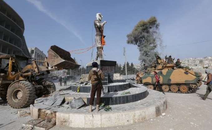 """Συρία: Οι αντάρτες μετονόμασαν σε """"Ερντογάν"""" κεντρική λεωφόρο και πλατεία στο Αφρίν"""