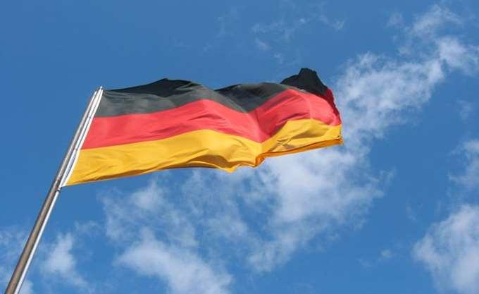 Τέταρτος ύποπτος συνελήφθη σε αεροδρόμιο της Γερμανίας, κατηγορούμενος για τον σχεδιασμό τρομοκρατικής επίθεσης