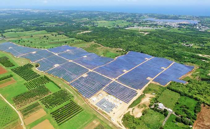 Η JinkoSolar μεγαλύτερη παραγωγός Φωτοβολταϊκών πλαισίων στον Κόσμο για το 2018