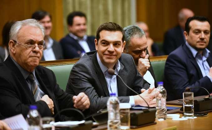Τσίπρας: Η συμφωνία είναι υπερασπίσιμη - Δουλέψτε!