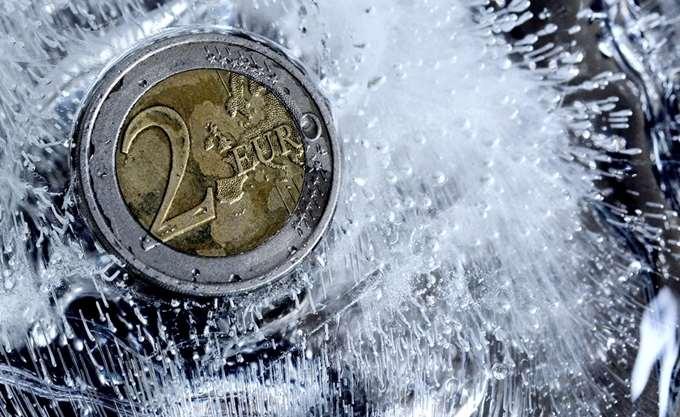 """Οικονομία: """"Παγώνει"""" την αγορά η παρατεταμένη προεκλογική περίοδος"""