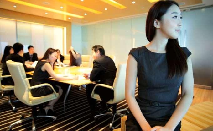 Σε χαμηλά επίπεδα η ενημέρωση για την αντιμετώπιση της σεξουαλικής παρενόχλησης στην Κίνα