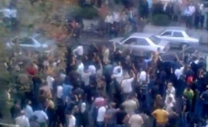 Αντικυβερνητικές διαδηλώσεις στους δρόμους του Ιράν