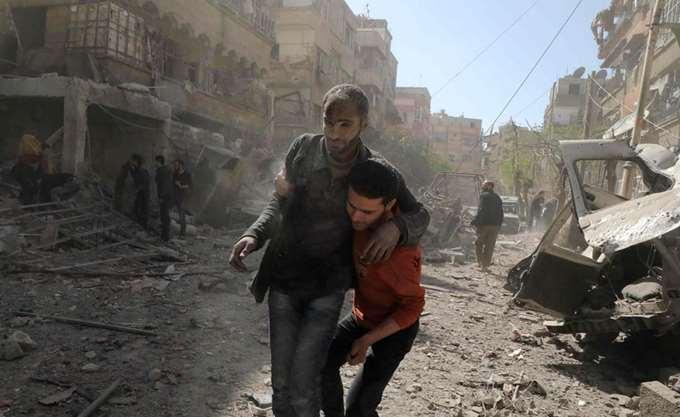 Το Λονδίνο εργάζεται με τους συμμάχους του για μια κοινή αντίδραση στη φερόμενη χημική επίθεση στη Συρία