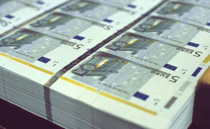 ΤτΕ: Αυξήθηκαν κατά 870 εκατ. ευρώ οι καταθέσεις ιδιωτών τον Απρίλιο