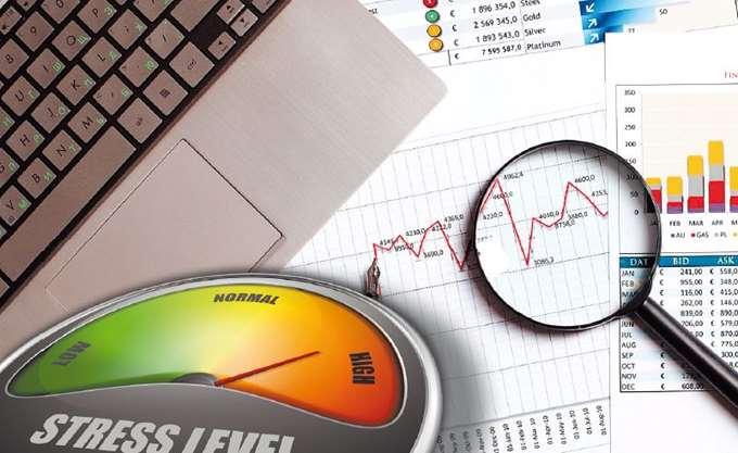 Handelsblatt: Oι ελληνικές τράπεζες περνούν τα stress tests της ΕΚΤ
