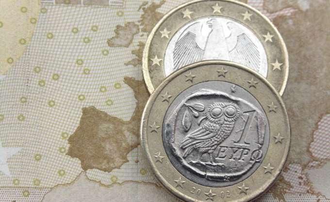 Σε χαμηλό δύο ετών το ευρώ μετά από την ανακοίνωση της ΕΚΤ