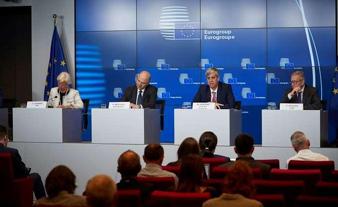 """Eurogroup: Δόση 15 δισ. ευρώ και το ΔΝΤ """"ενεργό"""" στο πρόγραμμα"""