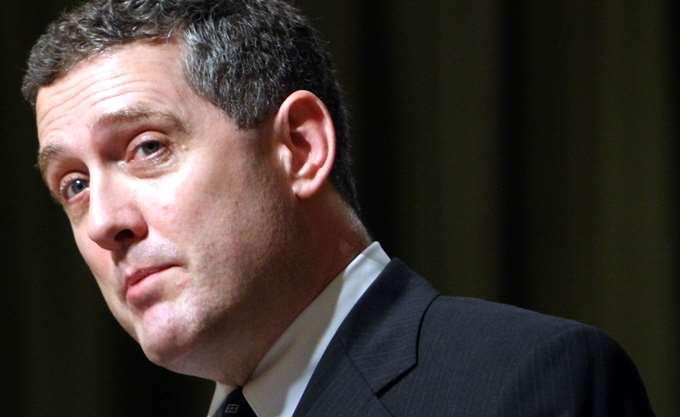 Bullard: Η Fed ίσως βιάζεται να αυξήσει τα επιτόκια