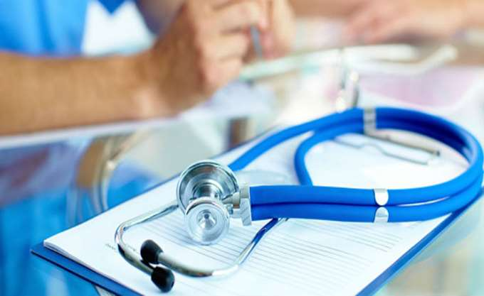 Ένας στους δύο Έλληνες δεν μπορεί να καλύψει τις δαπάνες για την υγεία του