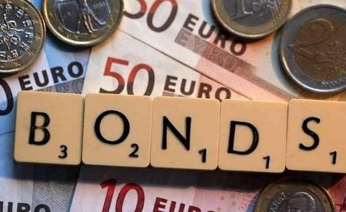 "Capital Economics: Η αύξηση των αποδόσεων των ελληνικών ομολόγων ""απειλή"" για ανάπτυξη-τράπεζες"