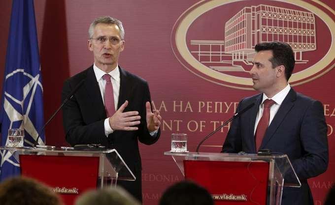 """Στους 29 μόνιμους αντιπροσώπους των κρατών-μελών του ΝΑΤΟ, το πρωτόκολλο εισδοχής της """"Βόρειας Μακεδονίας"""""""