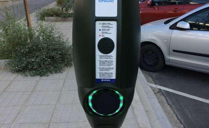 Εγκαταστάθηκε ο πρώτος σταθμός φόρτισης για ηλεκτρικά αυτοκίνητα στην Κεντρική Μακεδονία