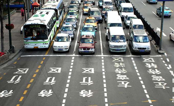 Αυξήθηκαν 9,6% οι πωλήσεις αυτοκινήτων στην Κίνα