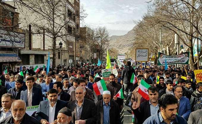 Εκατοντάδες χιλιάδες Ιρανοί στις εκδηλώσεις της επετείου της ισλαμικής επανάστασης του 1979