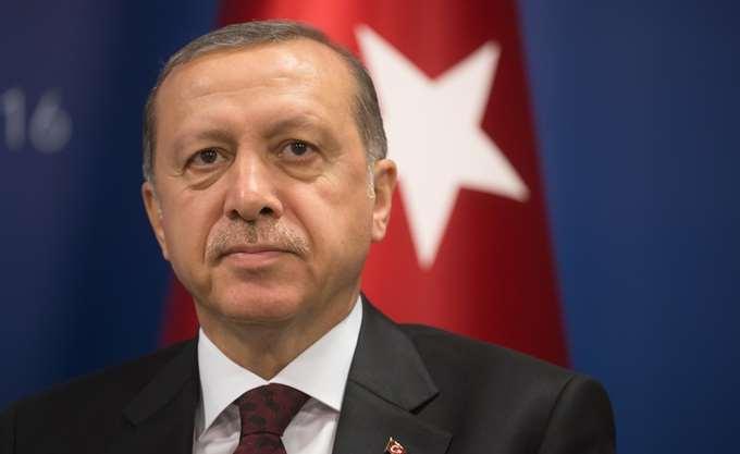 Ερντογάν: Πριν 100 χρόνια διώξαμε από τα εδάφη μας τους εισβολείς