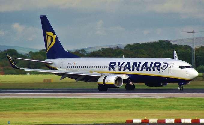 Ryanair: Αναθεώρησε καθοδικά τις εκτιμήσεις της για τα κέρδη