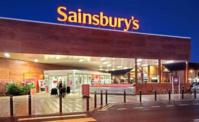 Μειώθηκαν οι πωλήσεις της Sainsbury στο γ΄ τρίμηνο