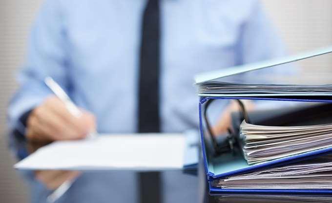 """""""Κομπίνα"""" επιστροφών φόρου μέσω δωρεών για το δημόσιο χρέος"""