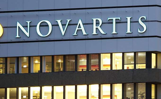 """""""Πες του πως αν δεν το κάνει, κλείνει οριστικά η πόρτα της Novartis για αυτόν"""""""