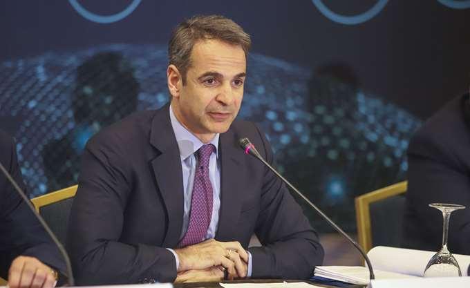 """Ο Κ. Μητσοτάκης αφήνει στον Α. Τσίπρα την πόλωση και μιλάει για το """"αύριο"""" της χώρας"""