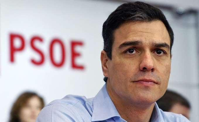 Ισπανία: Ο Σάντσεθ ελπίζει να βγει ενισχυμένος από την τριπλή εκλογική αναμέτρηση της Κυριακής