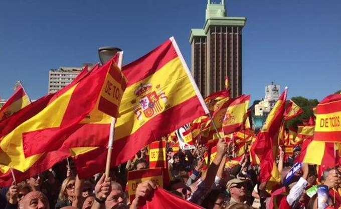 Η εμφάνιση του λαϊκιστικού δεξιού κόμματος Vox έχει αναστατώσει το πολιτικό σκηνικό στην Ισπανία