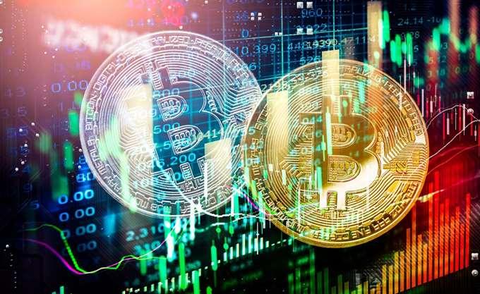 Χάθηκαν $200 δισ. από την αγορά κρυπτονομισμάτων σε μία μέρα καθώς το bitcoin πέφτει κάτω από τα $50.000