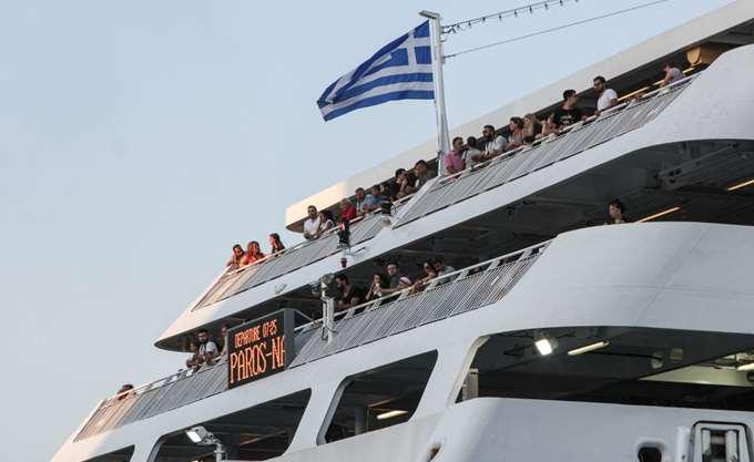 ΕΛΣΤΑΤ: Αυξήθηκε 9% η διακίνηση επιβατών στα λιμάνια στο δ΄ τρίμηνο