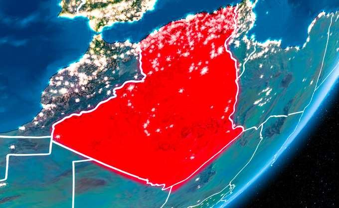 Αλγερία: Χιλιάδες άνθρωποι διαδηλώνουν στο Αλγέρι κατά του προέδρου Μπουτεφλίκα