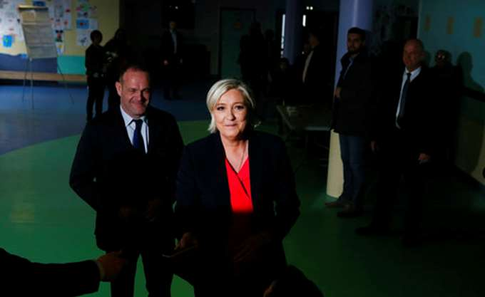 Γαλλία: Μικρή δικαστική νίκη για το ακροδεξιό κόμμα της Λεπέν